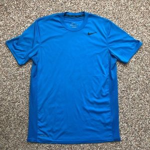 Nike dri fit t-shirt size M blue running active